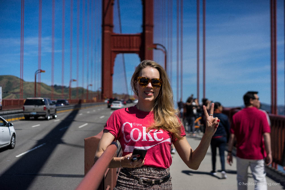 Meg på Golden Gate Bridge.