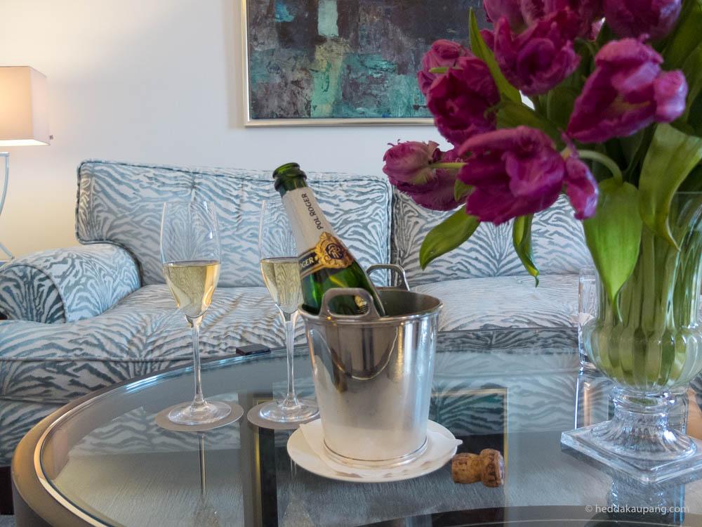 champagne på rommet på Hotel d'Angleterre i København