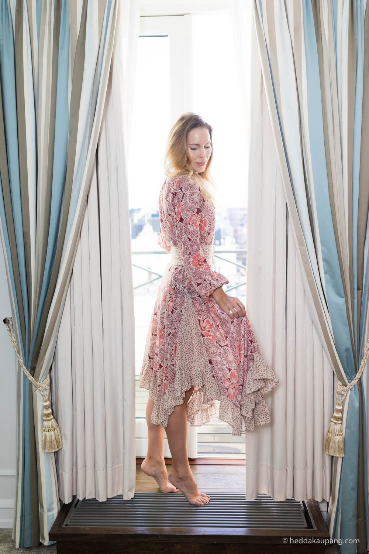 Iført By Timo-kjole på luksuriøse Hotel d'Angleterre i København